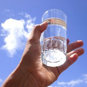 техника исполнения желания стакан воды